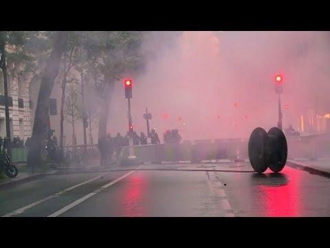 Nuit debout: manifestation après le recours au 49-3