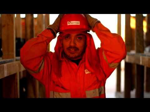 video muestra stgorefilms campañas de prevención de riesgos laborales
