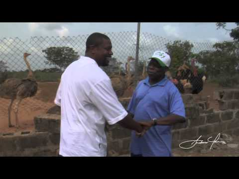 Chris Tucker Goes To Nigeria