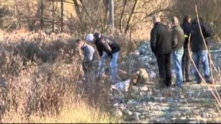 Polícia našla 13 vriec plných falošných peňazí