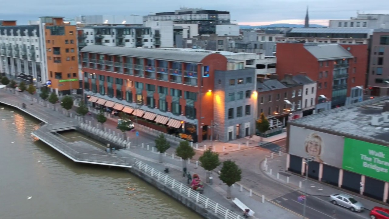 Limerick City Center - Riverpoint - Hanging Gardens - Shannon River