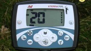 Minelab X Terra 705 видеообзор, videoreview(Видеообзор металлоискателя Minelab X-Terra 705 от сайта http://www.reviewdetector.ru Metaldetector X-Terra 705 videoreview from site ..., 2012-08-03T07:35:53.000Z)