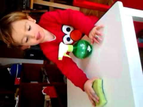 Limpiando lo mesa despu s de dibujar con plumones youtube - Mesas para dibujar ...