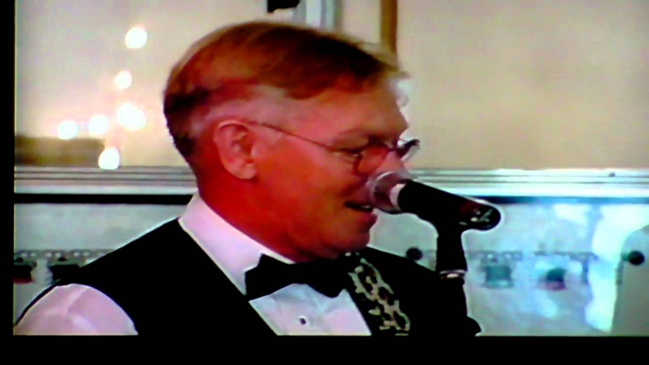 Play Wedding Music