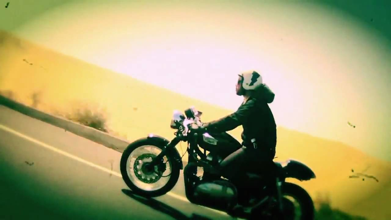 画像: Good Times, Friends on Bikes youtu.be