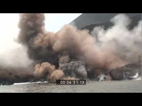 EarthUncutTV's Most Amazing Volcano Eruption Footage Shots!