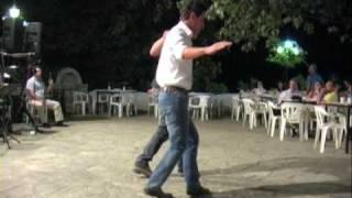 Samos/Σάμος: traditional greek dance on platía in Kastaneá / παραδοσιακό χορό | Greece/Ελλάδα