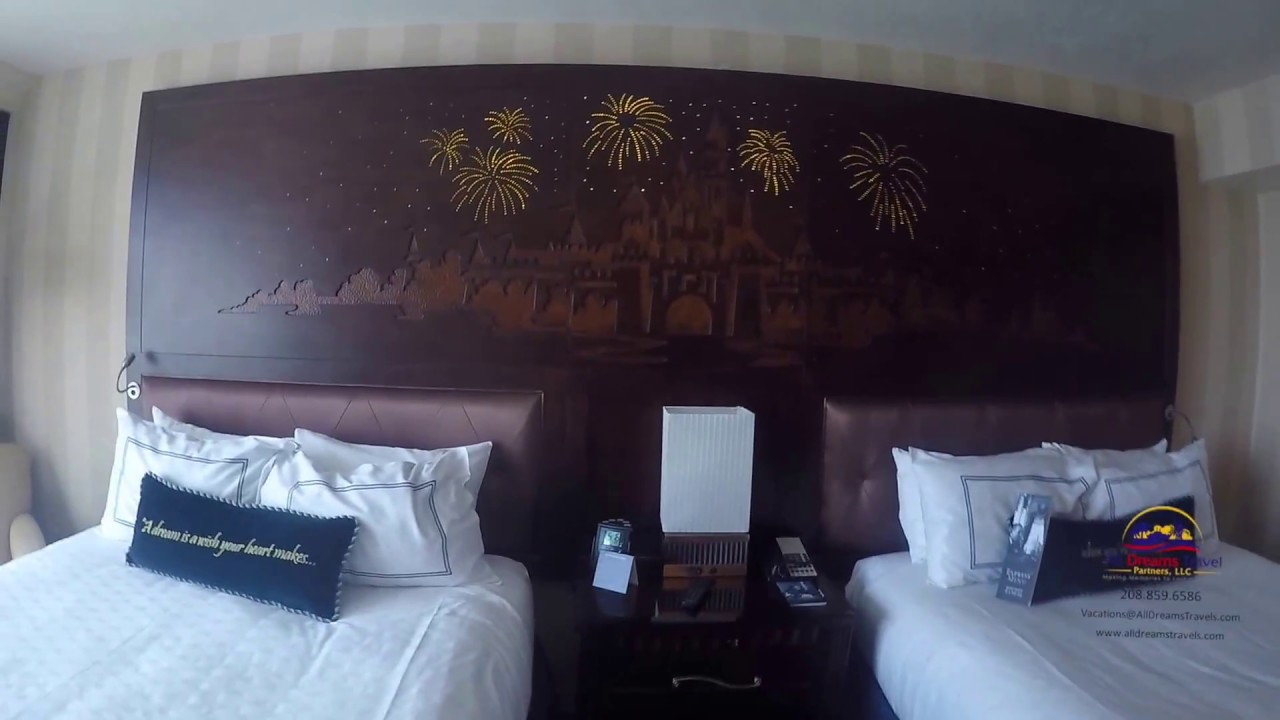 Disneyland Hotel Adventure Tower Room 2840