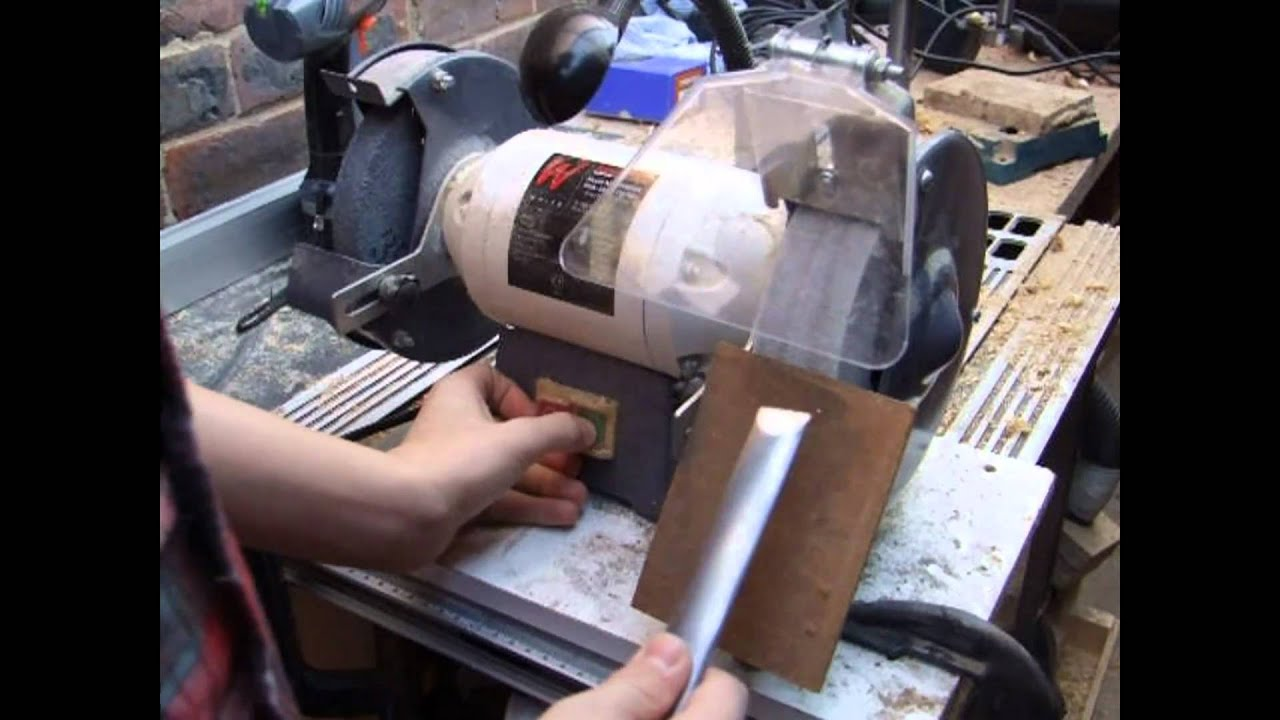 Sharpening and Using A Skew Chisel