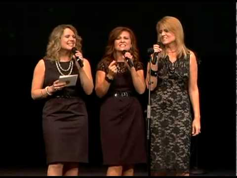 Sisters at the Dove Awards PreShow