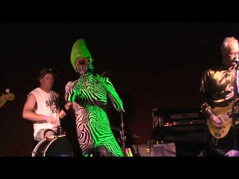 """BORIS THE SPRINKLER - """"I Wanna Get To Third Base With You"""" live in Green Bay 2017"""