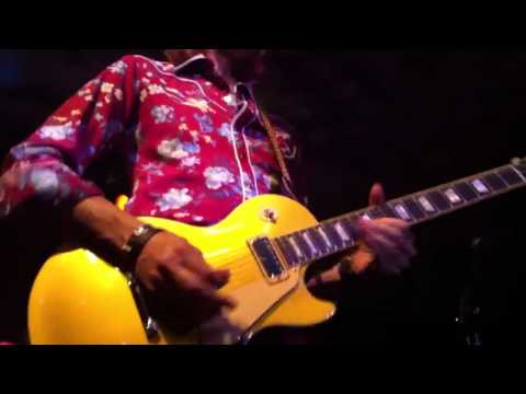 Great solo of Chuck Leavell, Peter Stroud and Jeff Carlisi