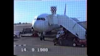 "03 Qantas Boeing 767-200ER (VH-EAK) ""City of Townsville""."