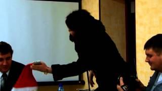 ШОК СМОТРЕТЬ ВСЕМ!Депутат ГосДумы опозорилась на пресс-конференции