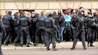 Protest und Polizeieinsatz bei AfD Kundgebung in Leipzig