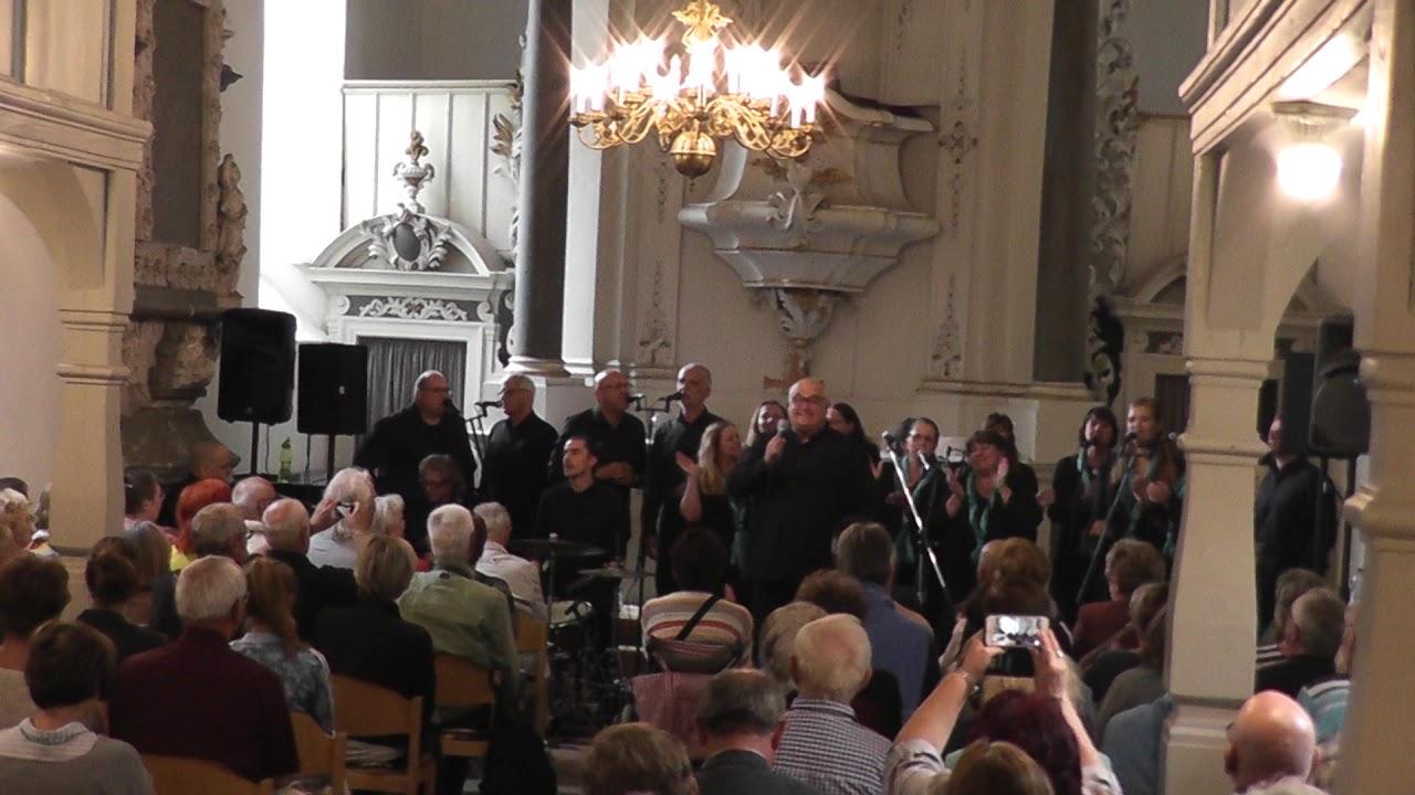 Thomas Stelzers Gospel Crew am 8.9.2019 in der Kirche St. Anna zu Dieskau