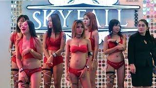 PATTAYA NIGHTLIFE- WALKING STREET HALLOWEEN NIGHT 2018. PATTAYA, THAILAND