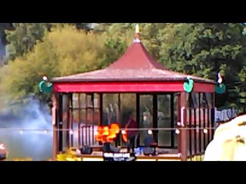 Pocky's Holiday In Scarborough - Naval Battle Show In Peasholm Park Part 2 (Vlog 8)