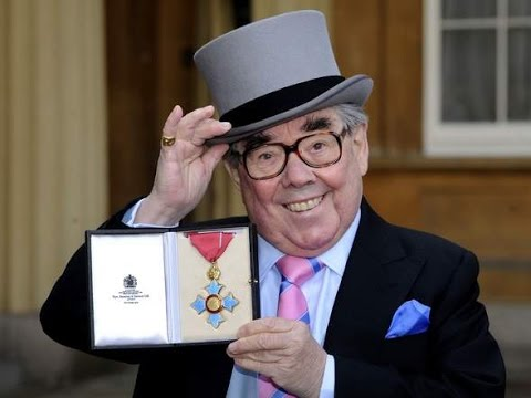 RIP Ronnie Corbett Last BBC Life Story Radio Interview Died 31st March 2016