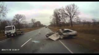 Страшная Авария на Трассе. Видеорегистратор.