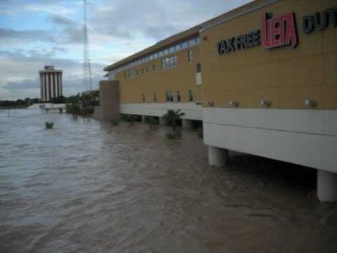 Laredo Texas-Rio Grande Flooding