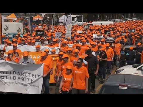 مزارعو جنوب إفريقيا البيض يستنجدون بترامب لحمايتهم من الإصلاح الزراعي…  - نشر قبل 3 ساعة