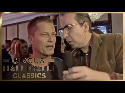 Olli Schulz aka. Charles Schulzkowski: Berlinale aufmischen | Circus HalliGalli Classics | ProSieben