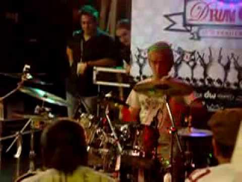 Guitar Center Drum Off 2008 Phoenix store finals