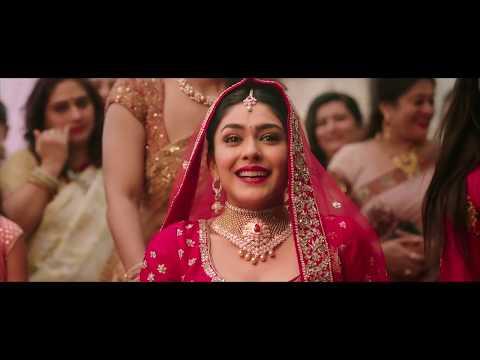Joyalukkas creative advertisement starring mrunal thakur & Kajol