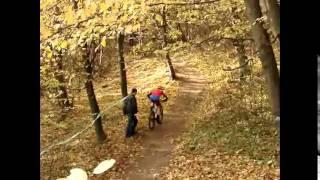 В Хусті пройшов чемпіонат з маунтінбайку(8-9 листопада в Хусті пройшов відкритий чемпіонат із крос-кантрі – однієї з дисциплін у маунтінбайку. Змаган..., 2014-11-09T21:56:26.000Z)