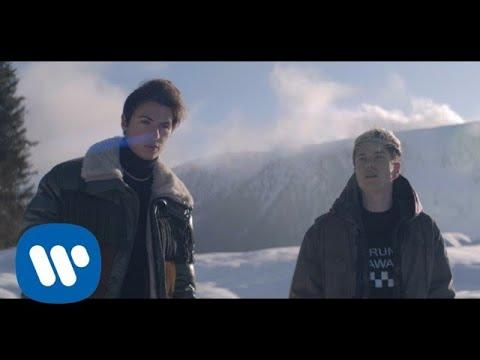 Benji & Fede - Magnifico Difetto (Official Video)