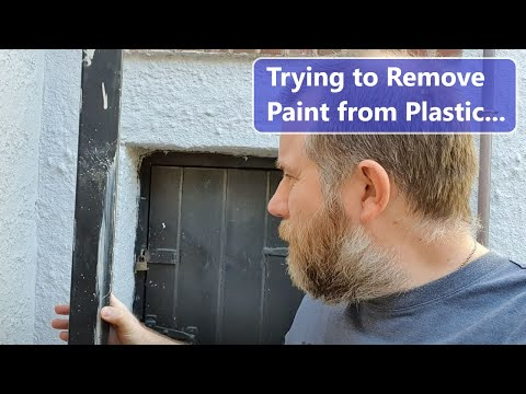 Cleaning Paint from a Plastic Downpipe; Will Nail Polish Remover, Vegetable Oil, or a Re-Spray work?