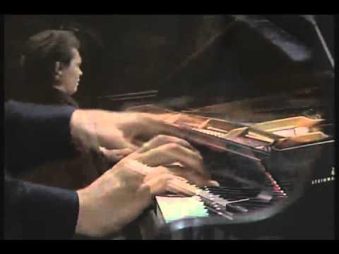 Ivo Pogorelich - Chopin - Nocturne No 2 in E flat major, Op 55