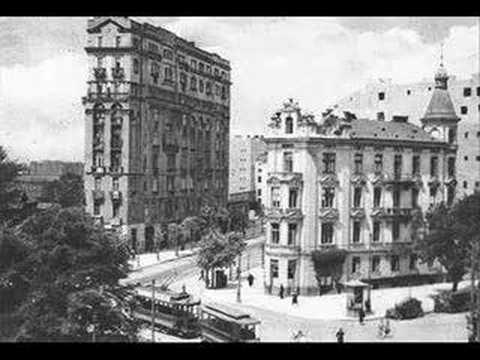 Przedwojenne tango, przedwojenna Warszawa (1937) - YouTube: https://www.youtube.com/watch?v=DQH0fWXRv4I
