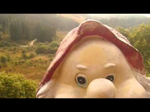 Hector the Garden Gnome goes up a Faerie Hill, Doon Hill, Aberfoyle