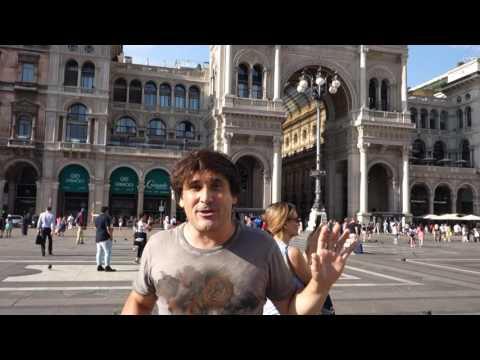 Milan, Plaza de la catedral. Plaza del Duomo. Viajar a Italia. Travel to Milan .Italy. Cathedral.