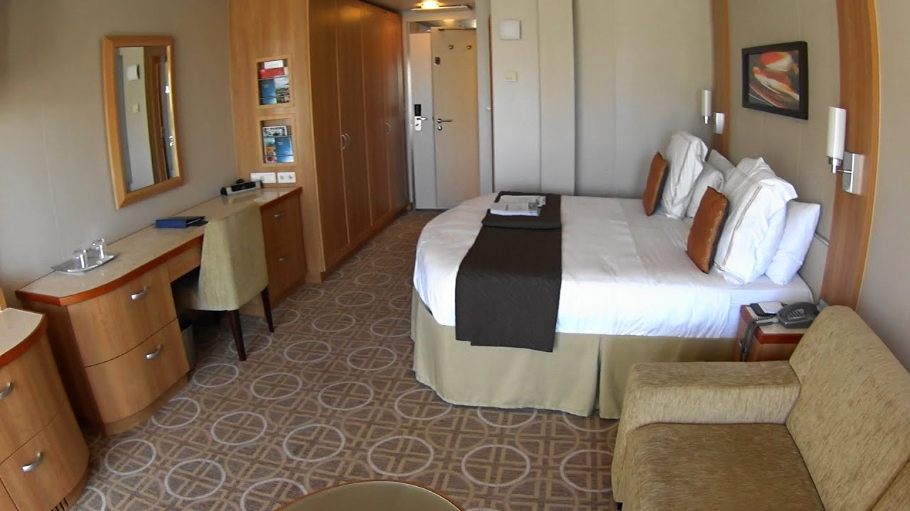 Suite 1214 on Celebrity Reflection, Category U5