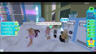 portending to be a Leah Ashe hater | Roblox