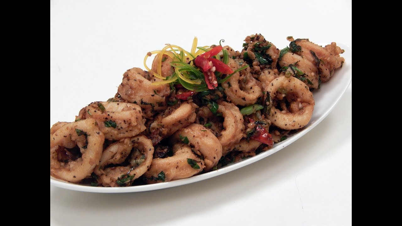 Spicy stir fried squids sanjeev kapoor khazana youtube spicy stir fried squids sanjeev kapoor khazana forumfinder Image collections