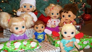 BABY ALIVE Opens Presents On Christmas Morning!