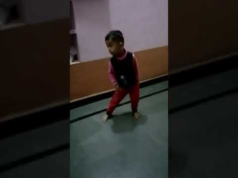 Small Kid dance on Mamachi Bullet