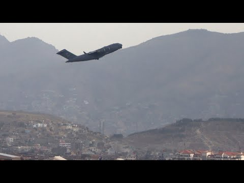 Ukrainian soldiers go into Kabul, rescue translators bound for Canada in daring operation