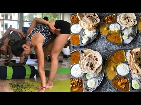 INDIA YOGA TEACHER TRAINING - What I Eat in a Day [vegan]