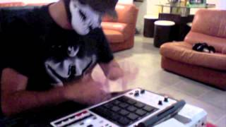Feed Me - One Click Headshot - Remix Dubstep Akai MPC Scarfinger Live Freestyle.m4v