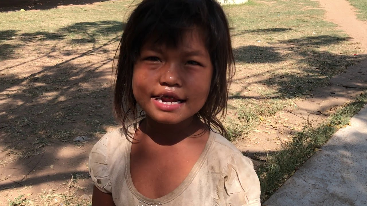 poverty Cambodian little girl
