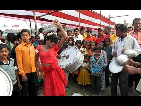 Bhojpuri Launda Naach ... भोजपुरी लौन्डा का नाच