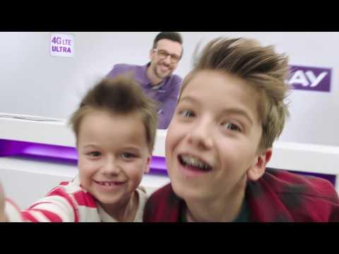 Pierwsza oferta na kartę dla rodzin! | Jarek Bieniuk z rodziną w Play na Kartę