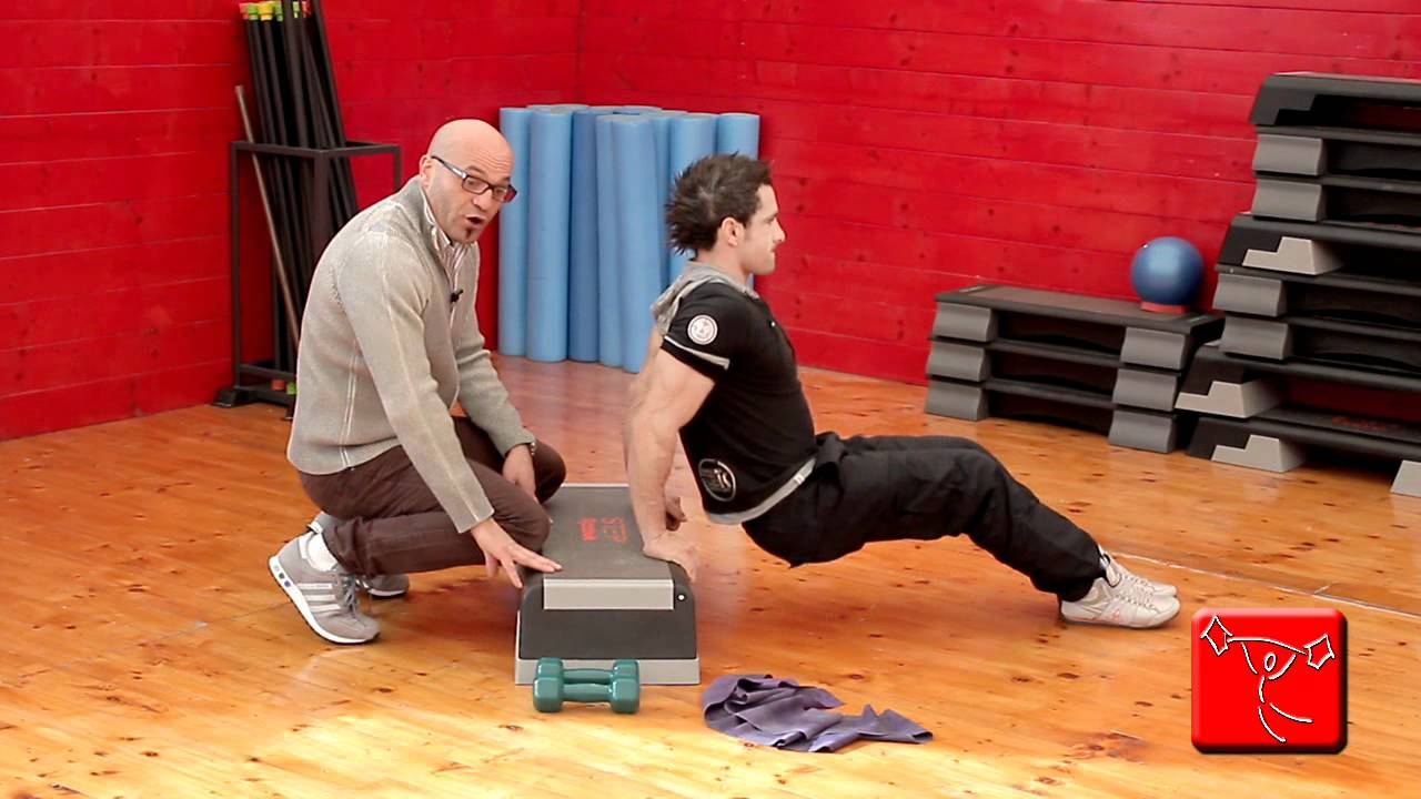 Come allenare i dorsali a casa: migliori esercizi per i ...