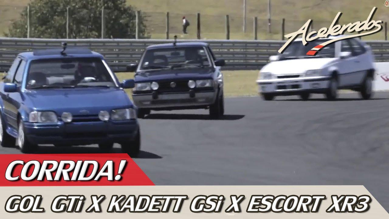 Resultado de imagem para Rubens Barrichello pilotando os clássicos Gol GTI, Escort XR3 e Kadett GSI. Qual ganhou a Corrida?