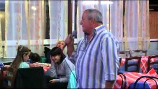 Karaoke - Stefano M. canta Un uomo piange solo per amore - karaboombaa